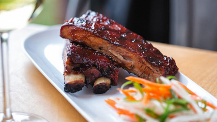 Peach Barbecue Ribs at Avenue N