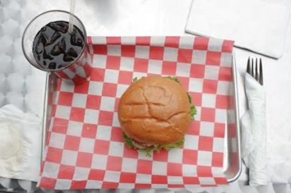 Burger at Willy's Burger Bar