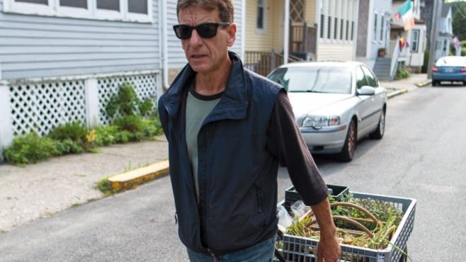 Farmer Jeff Stewart delivers fresh veggies by wagon to restaurants close-by in Newport, RI