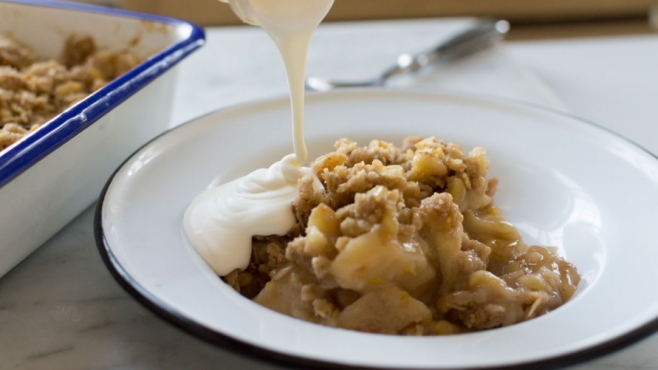 Old-Fashioned Apple Ginger Crisp with Rosemary and Pine Nuts
