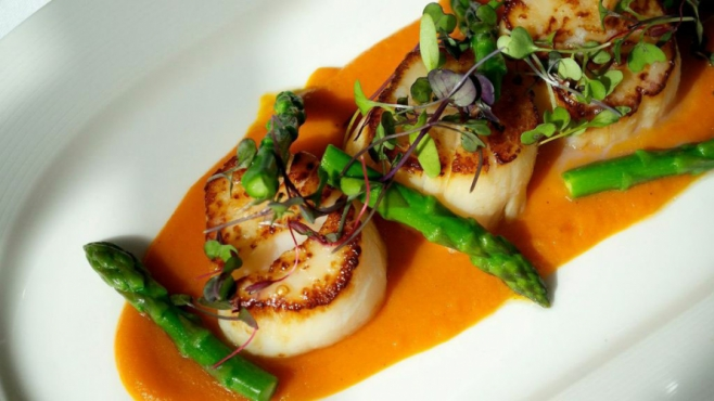 Point Judith Scallops With Spiced Carrot Purée & Asparagus