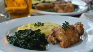 chicken kale polenta