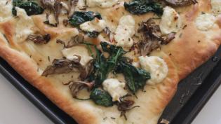 Roasted Garlic Ricotta, Ramp and Wild Mushroom Flatbread